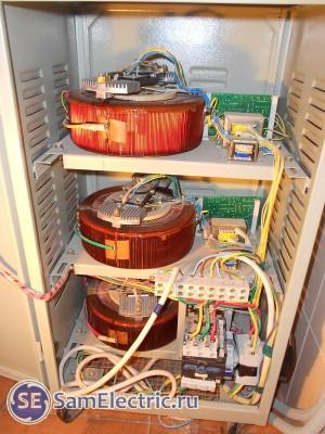 Стабилизатор трехфазный электромеханический - устройство