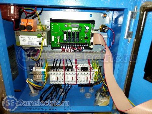 Схема компрессора, куда будет установлено реле контроля фаз